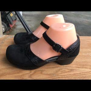 Dansko Black Suede Ankle Strap Clog Sandals Size 7